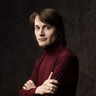 Дмитрий Скобелев